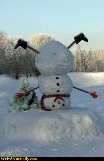 Funny pictures weirdnutdaily headstand snowman